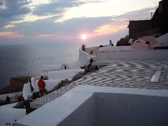 Fanari Villas: テラスからの夕陽