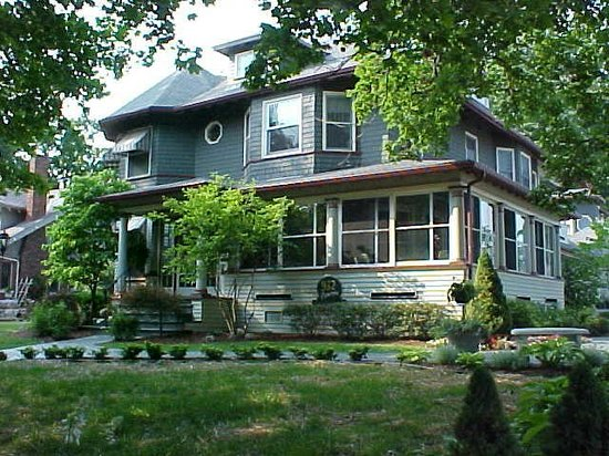932 Penniman - A Bed and Breakfast