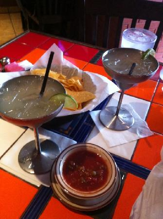 El Rancho Grande: Margaritas in cool metal vessels.