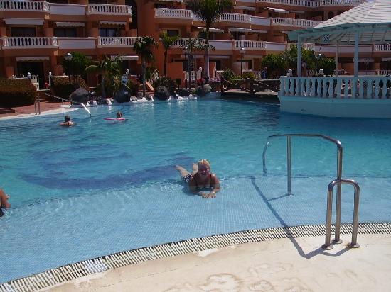 Tenerife Royal Gardens: Me in the pool!