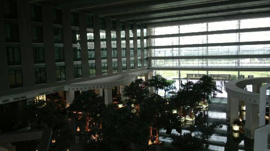 โนโวเทล แบงคอค สุวรรณภูมิ แอร์พอร์ท: Lobby view.