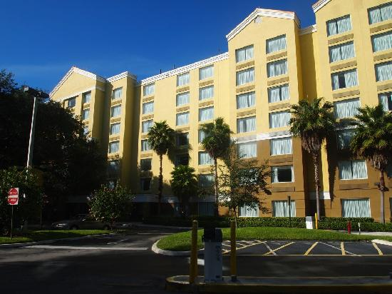 SpringHill Suites Fort Lauderdale Airport & Cruise Port: Hotel - front