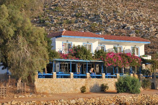 Faros Hotel: Blick von der Bucht her