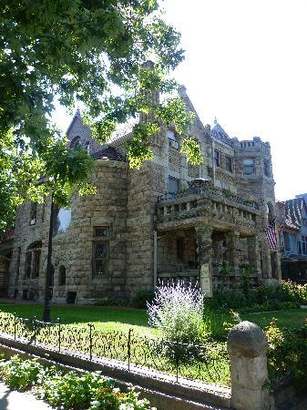 Castle Marne Bed & Breakfast Inn: the castle
