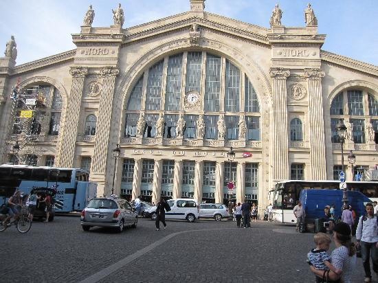 Premium Tours - London Tours: The Train Station in France