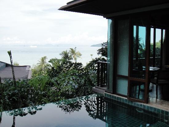 เซ็นทารา แกรนด์ บีช รีสอร์ท แอนด์ วิลล่า: View from private pool