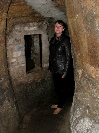 Gilmerton Cove : Margaret Anne, the wonderful guide. (Hope I spelled your name correctly)