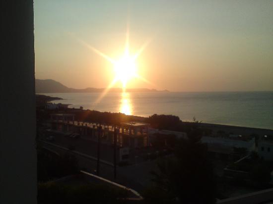 Rodos Village Beach Hotel & Spa: Vacker soluppgång