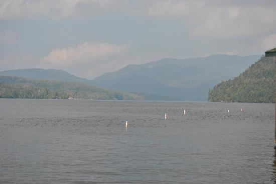 The Hungry Trout Resort: and of course the amazing Lake Placid is only a 10 minute drive