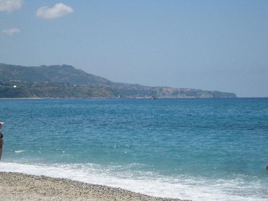 Riviera Calabra: il mare dalla spiaggia