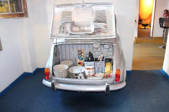 Hotel Enfrente Arte: Breakfast car-t