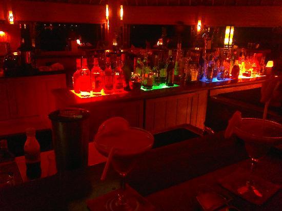 มีรูไอซ์แลนด์รีสอร์ท&สปา: Fantastic bar at the Asian Wok