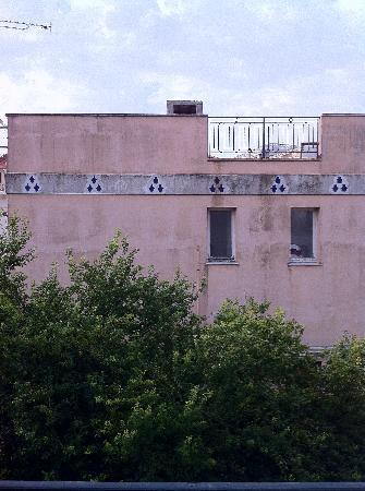 """Hotel Villa Les Cygnes: Aussicht vom """"Balkon"""" von Zimmer Nr. 5"""