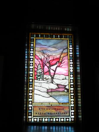 Chapel of the Transfiguration: Stained glass