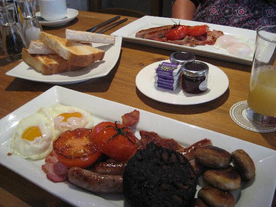 Bath House Hotel: Full English - spot on