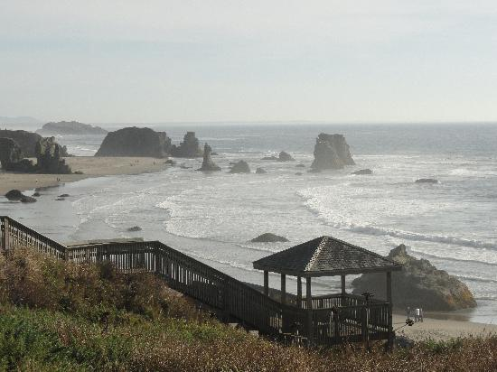 Bandon Beach Motel: Another view from our room