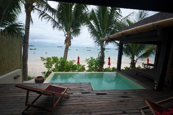 อนันตรา รสานันดา เกาะพะงัน วิลล่า รีสอร์ท แอนด์ สปา: Pool / deck area