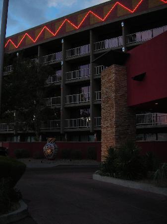 Nativo Lodge Albuquerque: Front Exterior