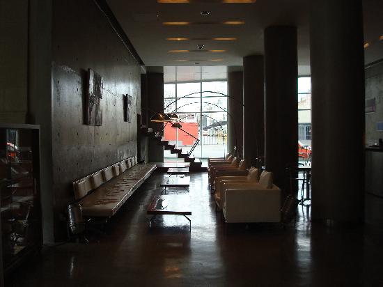 ดีไซน์สวีตซัลตา: Bar del Lobby