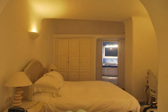 White Santorini Suites & SPA: HABITACION ESTANDAR