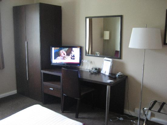 โรงแรมอินเตอร์เนชั่นนั่ลโฮเต็ลเทลฟอร์ด: Room - OK