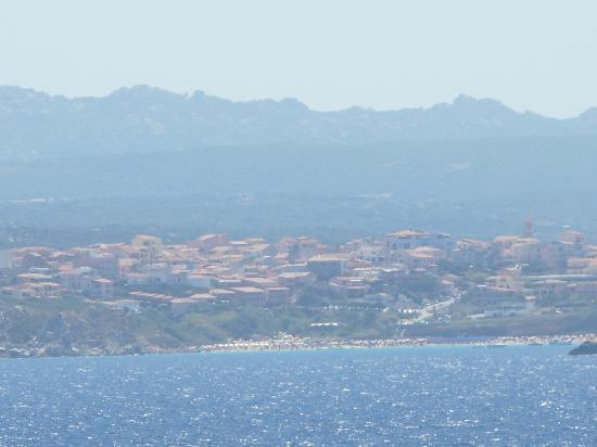 La Reggia di Nausicaa Club Resort: rena bianca e santa teresa dal mare