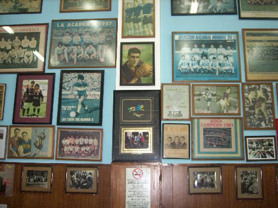 El Cuartito: Decoración de las paredes