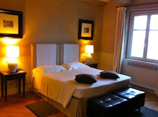 Villa d'Amelia Relais: room