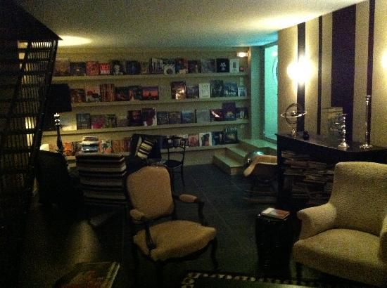 Auberge du Paradis: lounge
