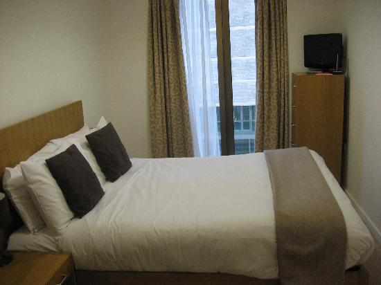 BridgeStreet at Liverpool ONE: Small bedroom