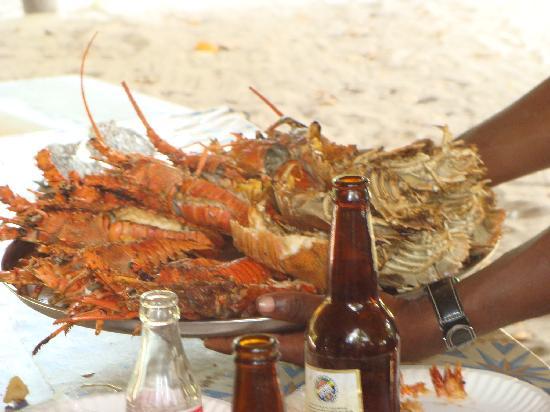 Eden Village Kendwa Beach Resort: QUELLO CHE ABBIAMO MANGIATO NELL ESCURSIONE CON I BEACH BOYS