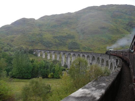 Jacobite Steam Train: The Glenfinnan Viaduct