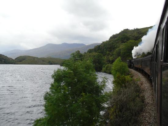 Jacobite Steam Train: Going through the highlands