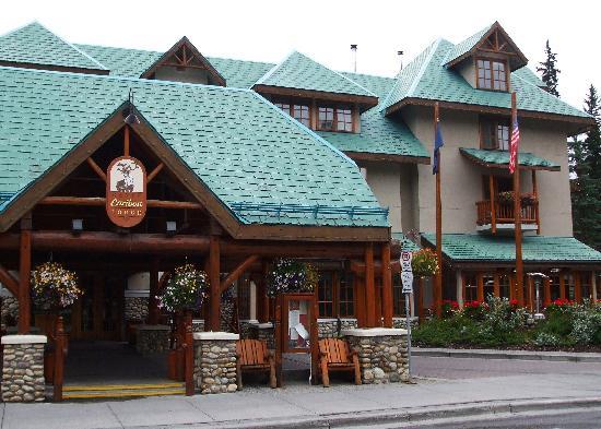 โรงแรมบาน์ฟ คาริบู ลอด์จแอนสปา: Banff Caribou Lodge