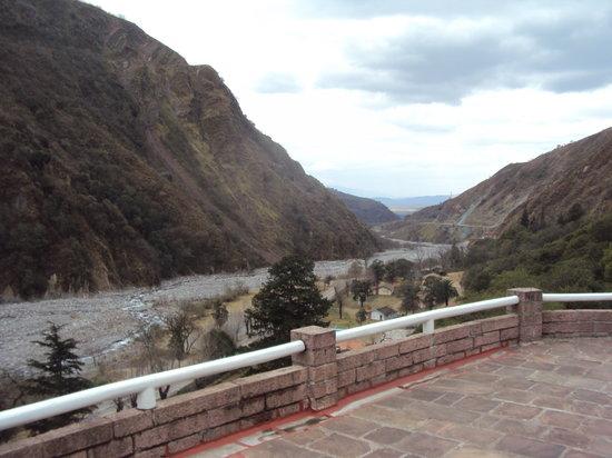 26.-Jujuy-Hotel Termas de Reyes:  quebrada del Río Reyes
