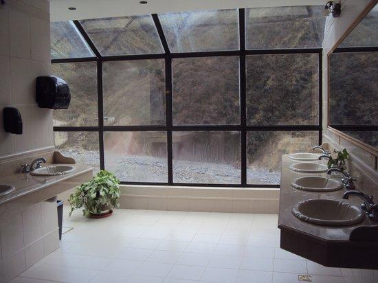 25.-Jujuy-Hotel Termas de Reyes: Spa - baños panorámicos