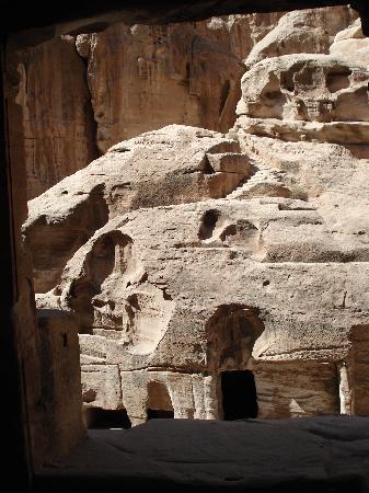 อัลเบดา ลิตเติลเปตรา: Buildings in Little Petra