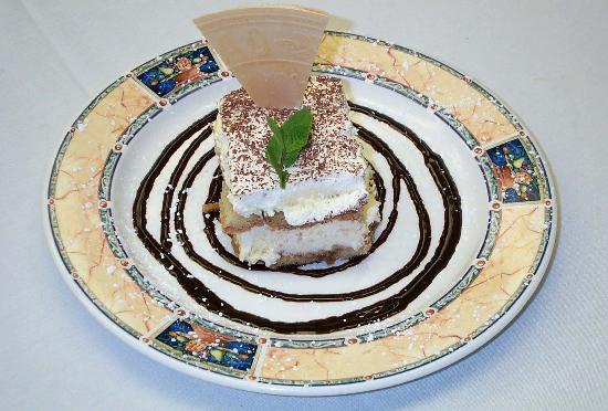 Harry Caray's Italian Steakhouse: Tiramisu