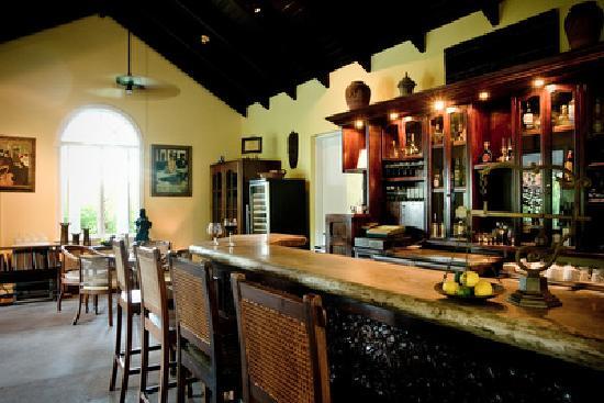 Grace's Cottage: Grace';s Cottage Bar area