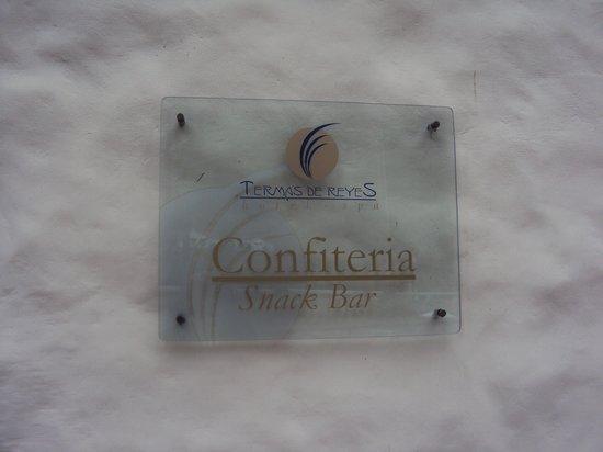 11.-Jujuy-Hotel Termas de Reyes:  acceso a la confitería desde el exterior