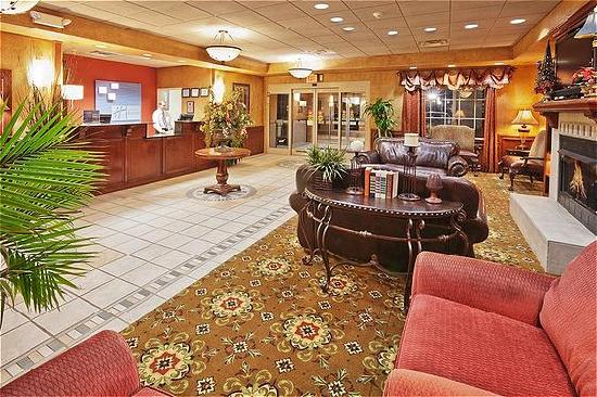 Holiday Inn Express Oklahoma City Airport - Meridian Avenue: Lobby