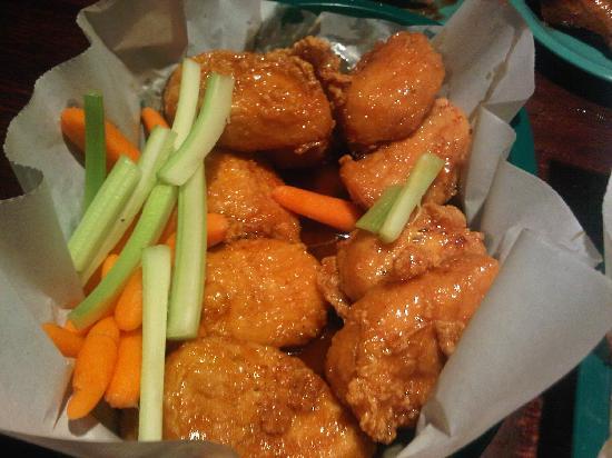 Hackett Hot Wings: Honey Chunks
