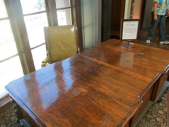 Intimate Wine Tours: Original Godfather desk from Godfather 1 and 2 displayed at the New Coppola Winery.