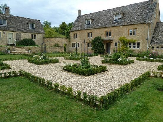 Blanche House B and B: Beautiful Garden!