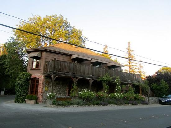 Intimate Wine Tours: The world famous and renowned, yet very unassuming building of the French Laundry in Yountville,