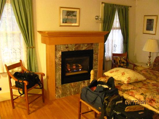 The Wilderness Inn Bed and Breakfast : the Italian Room