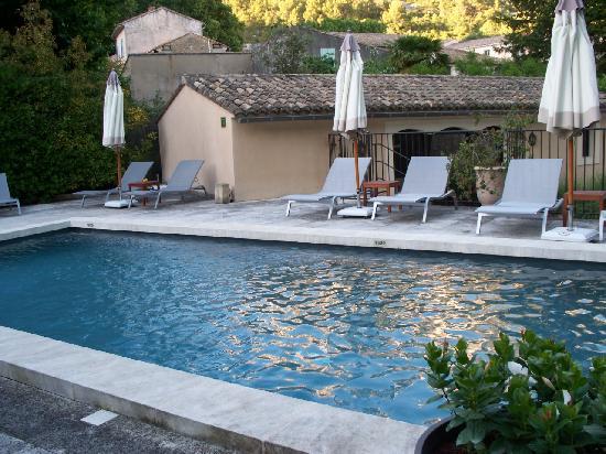 Hotel du Poete: The beautiful pool