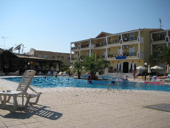 Cronulla Hotel: Piscina hotel