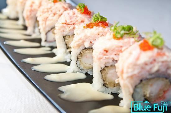 Blue Fuji: Snow Mountain Maki sushi medford