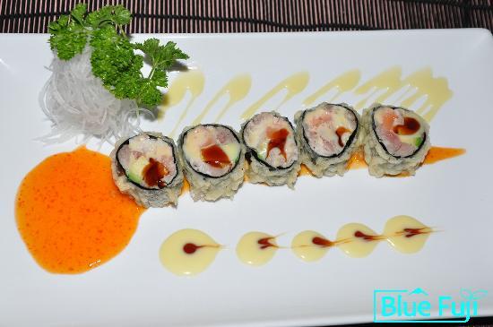 Blue Fuji: Bob's Special sushi medford